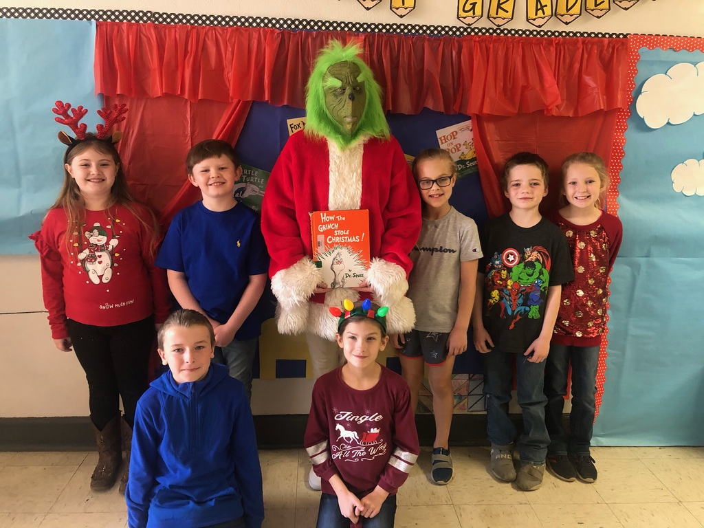 Surprise reading from the Grinch. (Ms. Hopkins)